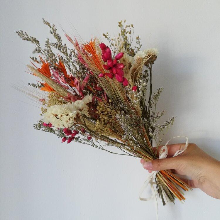 Atelier DIY : bouquet de fleurs séchées