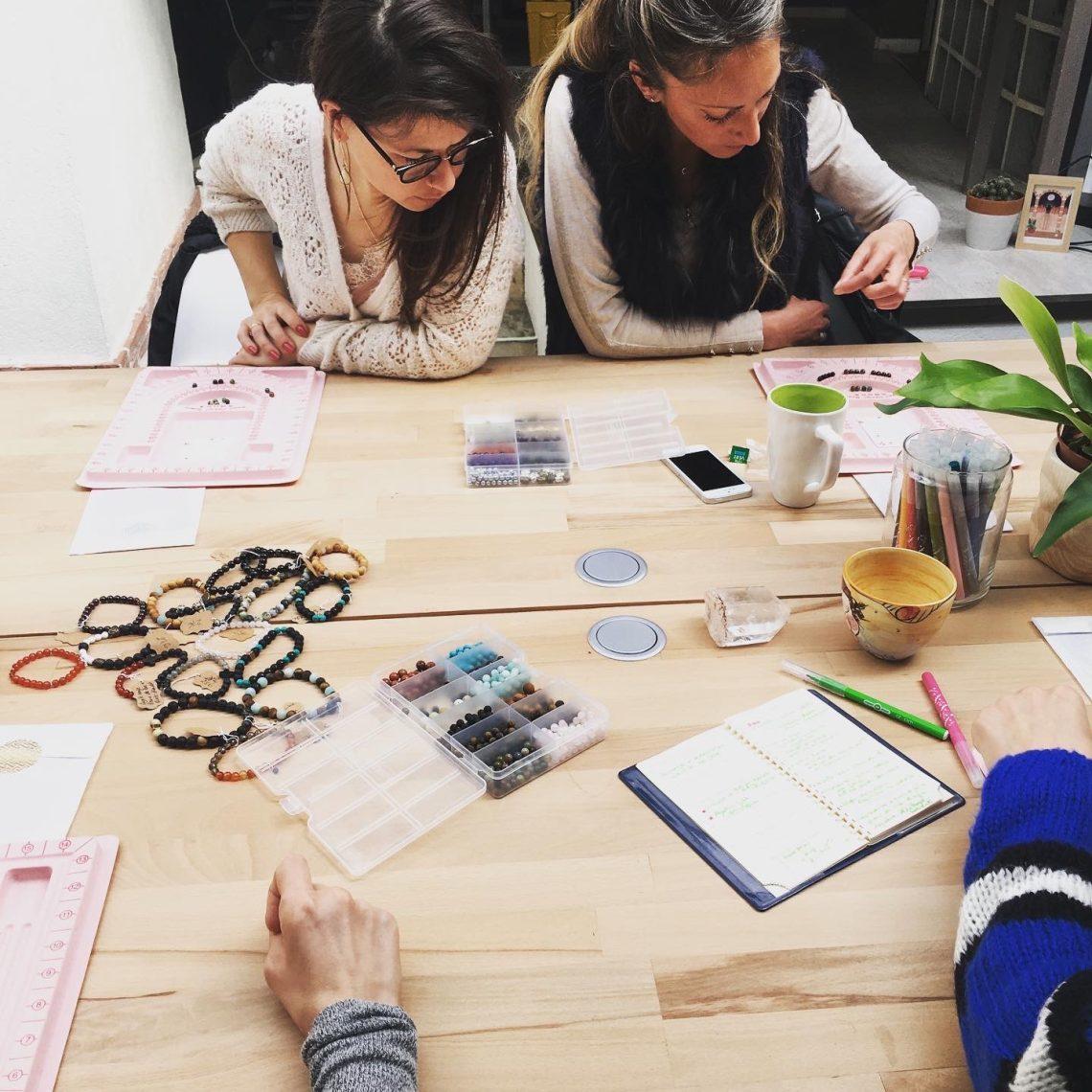 Atelier créatif, intuitif et gourmand : Création de votre Bracelet-Amulette